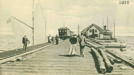 Railroad Wharf, Provincetown (1910). Scrapbooks of Althea Boxell: Book 6, Page 14. Courtesy of the Provincetown History Preservation Project (Dowd Collection).