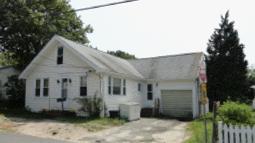 28 Court Street, Provincetown (2011). Assessor's Online Database.