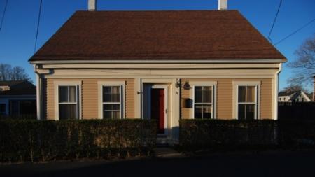 31 Pleasant Street, Provincetown (2013)-01