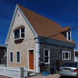 35 Pleasant Street, Provincetown (2011)-01