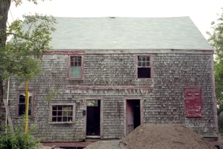 44-48 Pearl Street, Provincetown (2006), by David W. Dunlap.