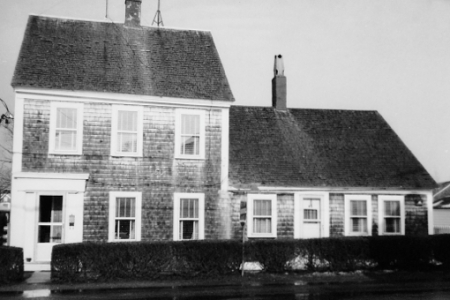 47 Pleasant Street, Provincetown (1976), by Josephine Del Deo. Massachusetts Historical Commission Inventory, 1973-1977: Provincetown's West End. Courtesy of the Provincetown Public Library.