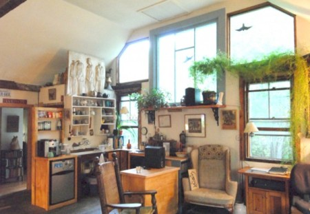 312-324 Bradford Street, Malicoat studio, by David W. Dunlap (2010).