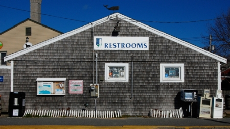 Ryder Street Extension, Provincetown (2011), by David W. Dunlap.