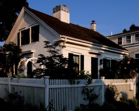 19 Pearl Street, Provincetown (2009), by David W. Dunlap.