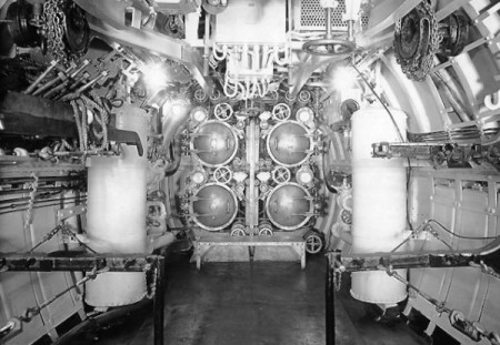 Torpedo room of the U.S.S. S-4 (1919), courtesy of the U.S. Naval Historical Center.