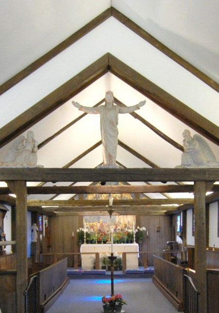 517 Commercial Street, Church of St. Mary of the Harbor, Arnold Geissbuhler's sculptures on the rood screen, by David W. Dunlap (2010).