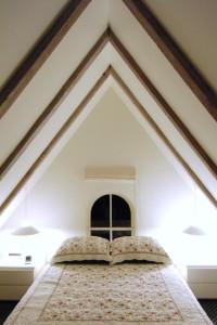 Ampersand Room, 6 Cottage Street, by David W. Dunlap (2008).