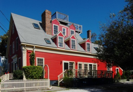 11 Pearl Street, by David W. Dunlap (2009).